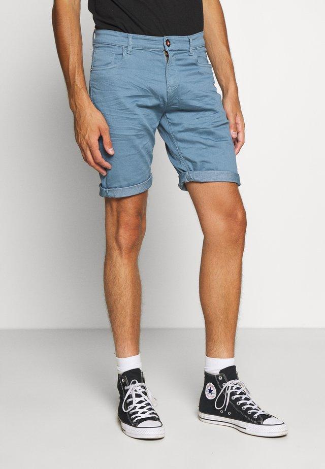 TUCKY  - Shorts - blue