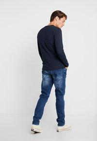 Cars Jeans - THRONE - Džíny Slim Fit - dark used - 2