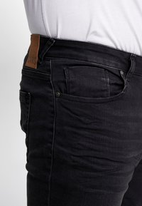 Cars Jeans - SHIELD PLUS - Slim fit jeans - black - 5