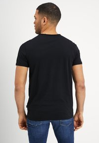 Cars Jeans - HECTOR - T-shirt basic - black - 2