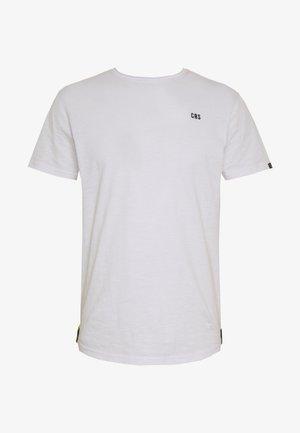 SKYE - Jednoduché triko - white