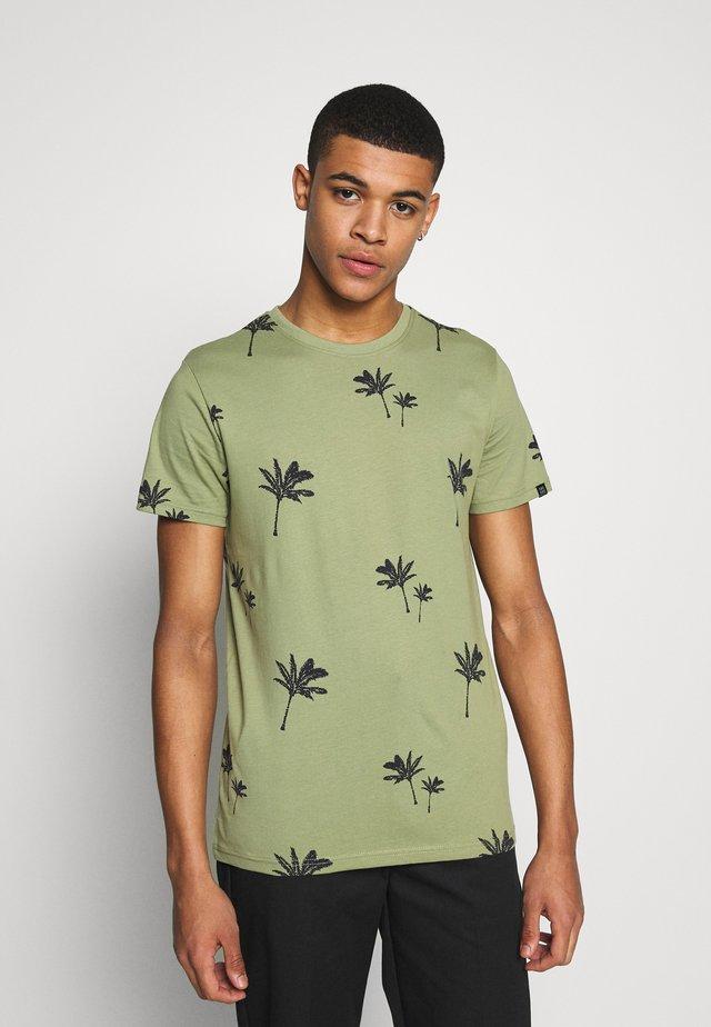 HALLE  - Print T-shirt - olive