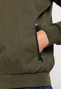 Cars Jeans - GAVINO - Leichte Jacke - olive - 5
