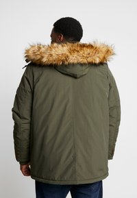 Cars Jeans - DEMSEY PLUS - Parka - army - 2