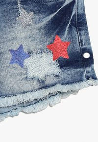 Cars Jeans - KIDS DINAH - Jeans Short / cowboy shorts - blue denim - 2