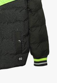 Cars Jeans - KIDS RUNDALL - Chaqueta de invierno - olive - 3