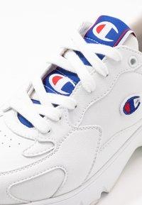 Champion - SHOE - Sneakersy niskie - white - 2