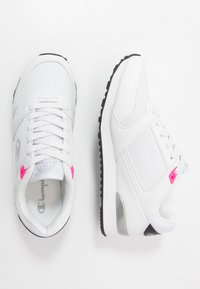 Champion - LOW CUT SHOE - Sports shoes - white - 1