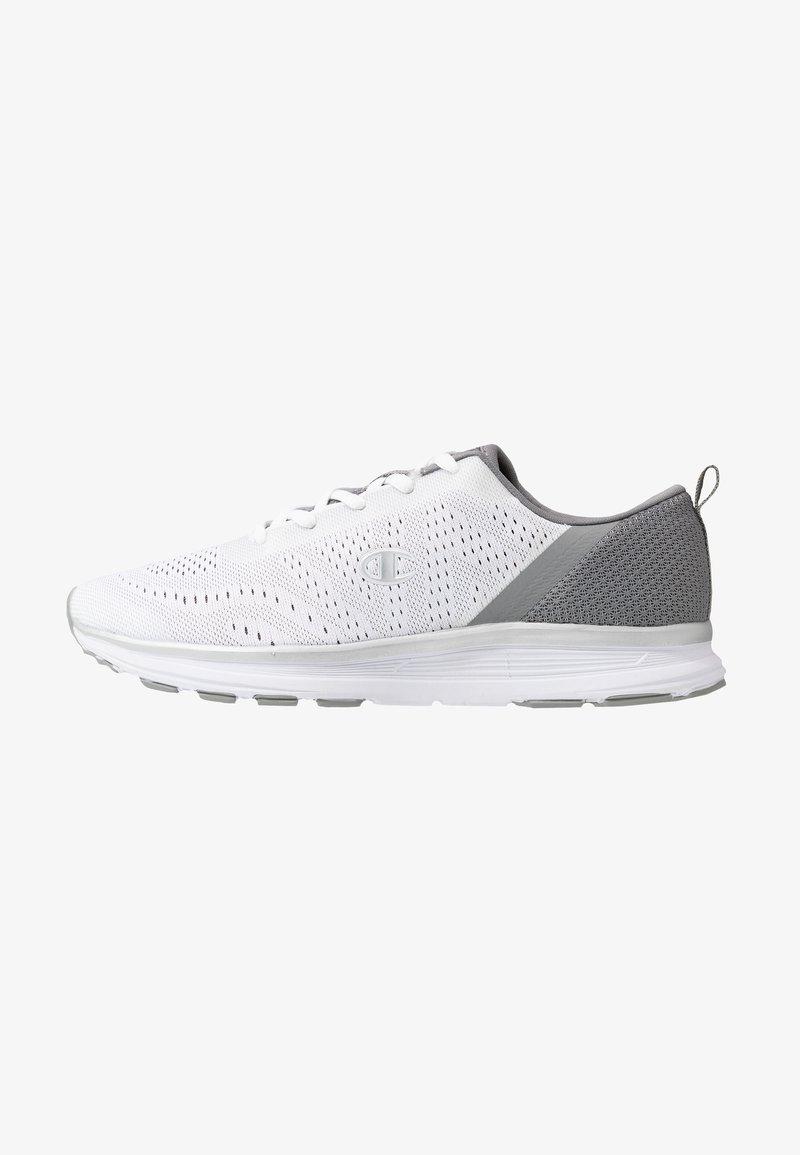 Champion - LOW CUT SHOE JANE - Sports shoes - white