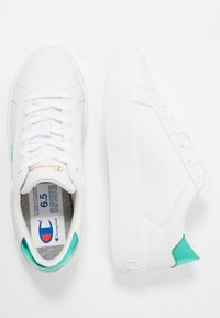 Champion - LOW CUT SHOE ERA GEM - Sports shoes - white/mint - 1