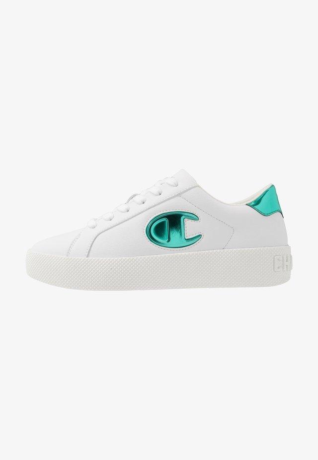 LOW CUT SHOE ERA GEM - Sports shoes - white/mint