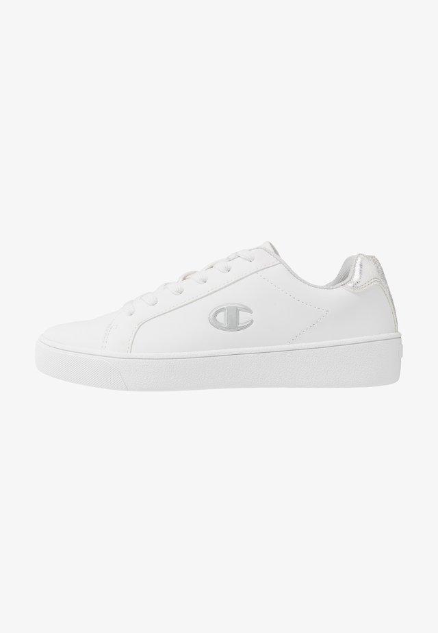 LOW CUT SHOE ALEX  - Obuwie treningowe - white/silver metallic