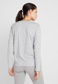Champion - CREWNECK - Langærmede T-shirts - mottled light grey - 2