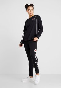 Champion - CREWNECK - Long sleeved top - black - 1