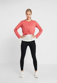 Champion - LONG SLEEVE - Long sleeved top - red - 1