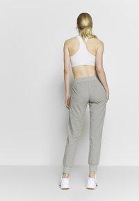 Champion - RIB CUFF PANTS - Pantalones deportivos - grey - 2