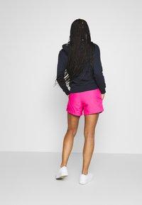 Champion - SHORTS - kurze Sporthose - pink - 2