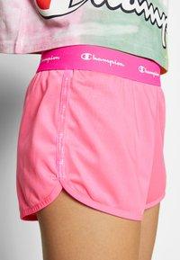 Champion - SHORTS - Urheilushortsit - neon pink - 5