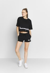 Champion - SHORTS - Sports shorts - black - 1