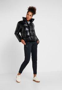 Champion - JACKET - Zimní bunda - black - 1