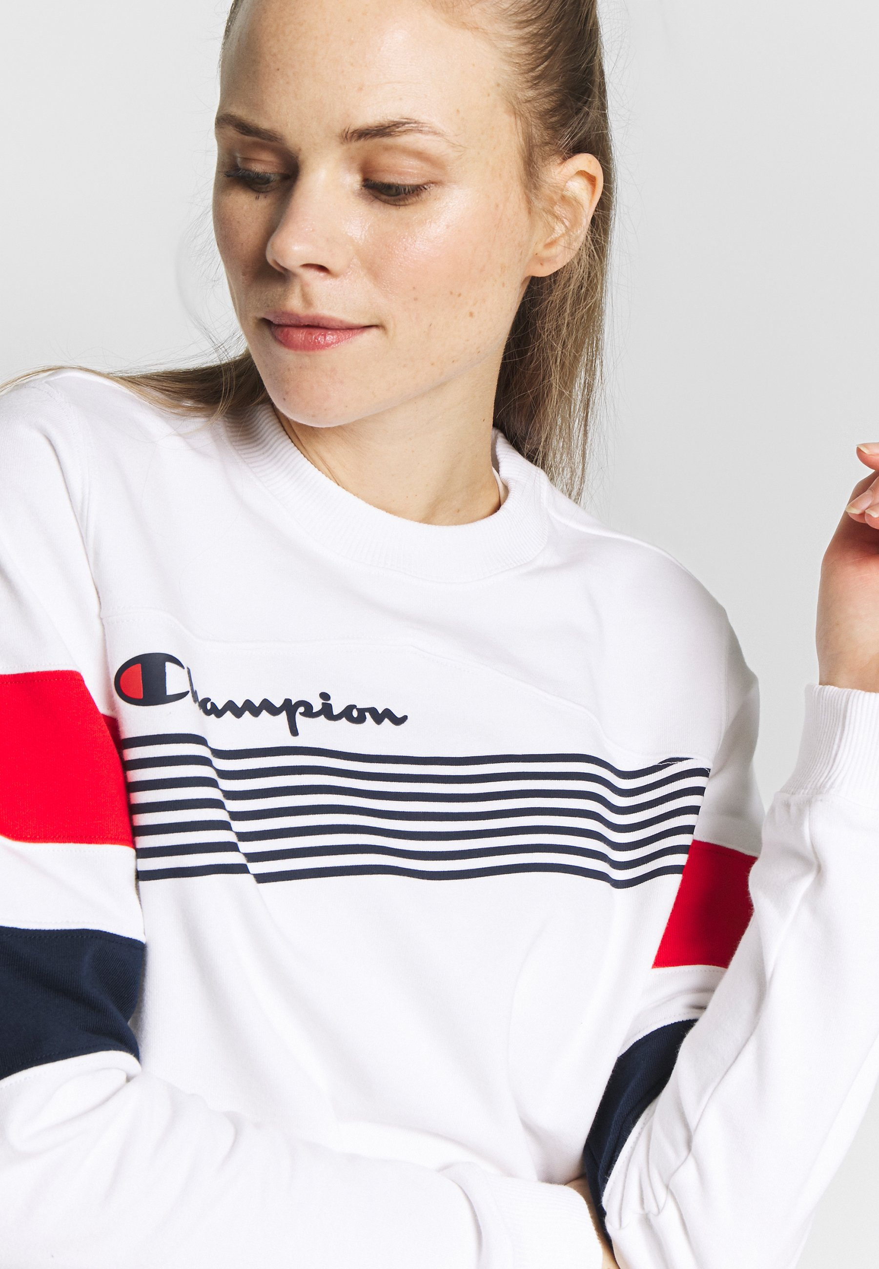 Champion CREWNECK CROPTOP - Bluza - white