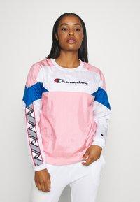Champion - CREWNECK - Long sleeved top - pink - 0