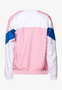 Champion - CREWNECK - Long sleeved top - pink - 1