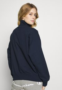 Champion - HIGH NECK - Sweatshirt - dark-blue denim - 2