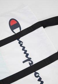 Champion - LARGE SHOULDER BAG - Sports bag - white - 2