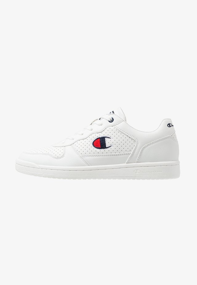 LOW CUT SHOE CHICAGO - Sports shoes - white