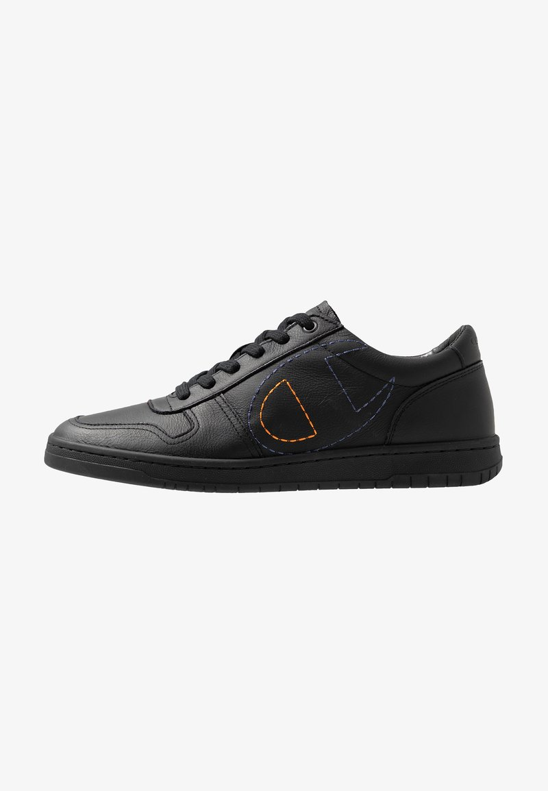 Champion - LOW CUT SHOE 919 LOW LEATHER - Sneakers - black