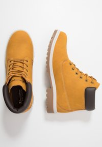 Champion - MID CUT SHOE UPSTATE 3.0 - Hiking shoes - bee - 1