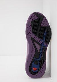 Champion - MID CUT SHOE ZONE MID 90'S - Koripallokengät - white/violet/fux/black - 4
