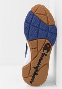 Champion - LEXINGTON - Sportovní boty - black/multicolor - 4