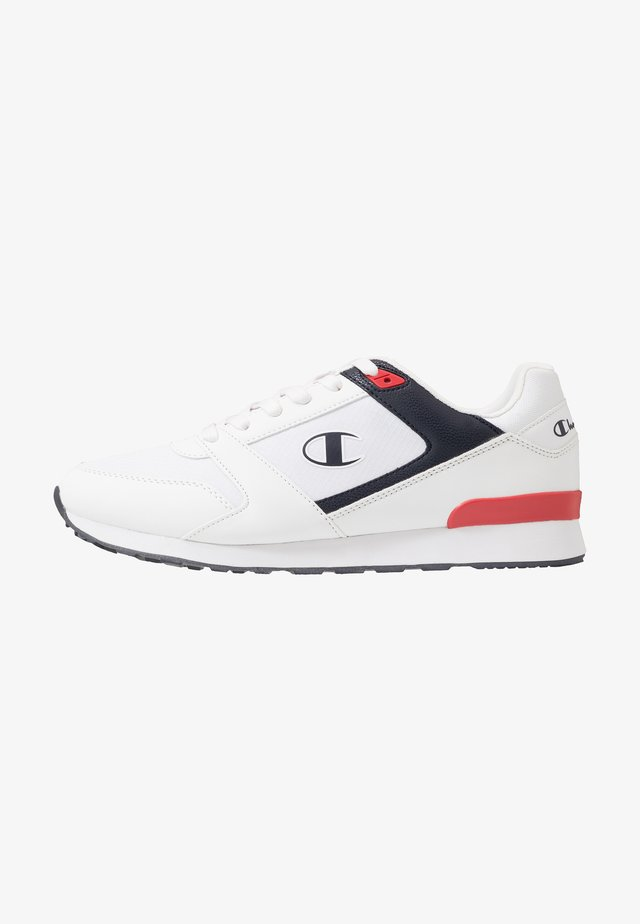 LOW CUT SHOE C.J.  - Kuntoilukengät - white/navy/red