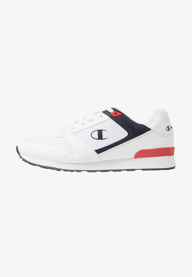 LOW CUT SHOE C.J.  - Sportschoenen - white/navy/red