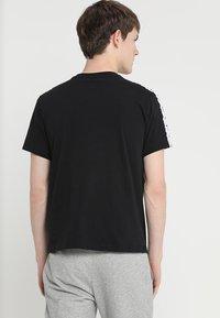 Champion - CREWNECK  - T-shirts print - black - 2