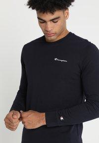 Champion - LONG SLEEVE  - Langærmede T-shirts - dark blue - 3