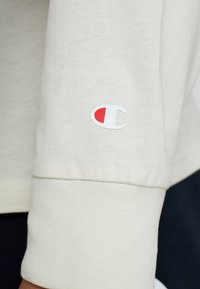Champion - LONG SLEEVE CREWNECK - Long sleeved top - off-white - 5