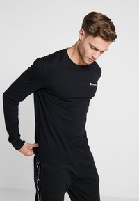 Champion - LONG SLEEVE CREWNECK - Long sleeved top - black - 0