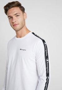Champion - LONG SLEEVE CREWNECK  - Långärmad tröja - white - 3