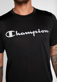 Champion - CREWNECK RUN - Printtipaita - black - 4