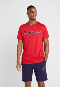 Champion - ROCHESTER CREWNECK - T-shirts med print - rio red - 0