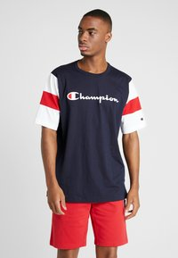 Champion - CREWNECK - Print T-shirt - night sky/white/haute red - 0