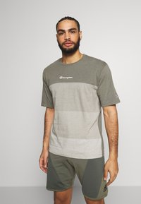 Champion - ROCHESTER ECO SOUL - T-shirt imprimé - green/grey - 0