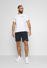 Champion - CREWNECK - T-shirt con stampa - white - 1