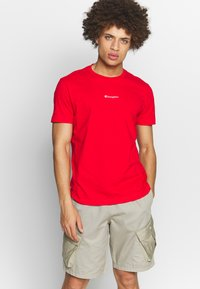 Champion - TIRE CREWNECK - T-shirts med print - dark red - 0