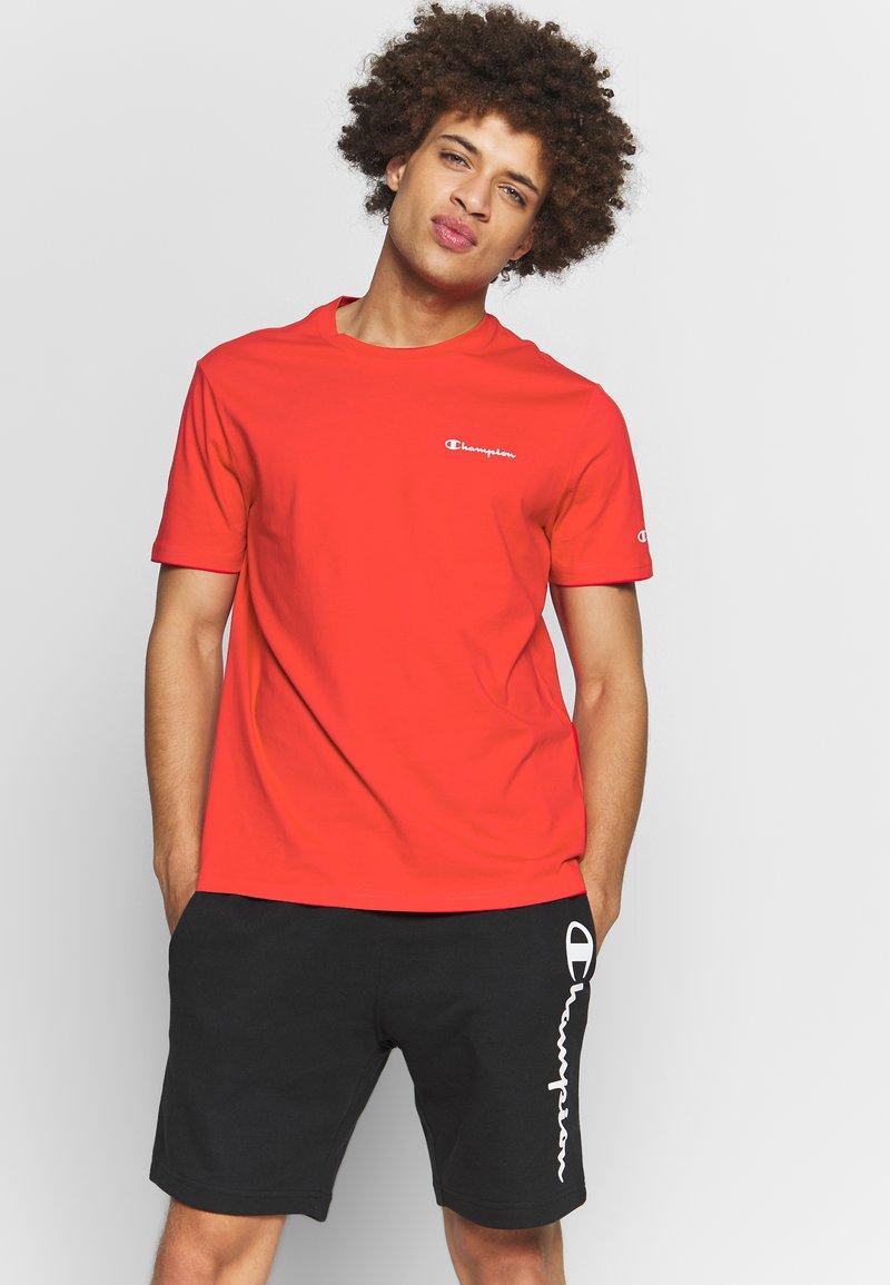 Champion - CREWNECK  - Jednoduché triko - dark red