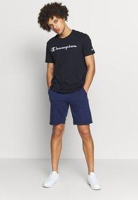 Champion - CREWNECK  - Camiseta estampada - navy - 1