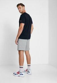 Champion - BERMUDA - Sports shorts - grey melange - 2